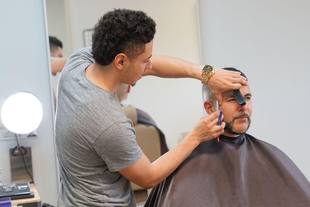 Barber Studio 43 Photos Barbers 5947 S University Dr Davie