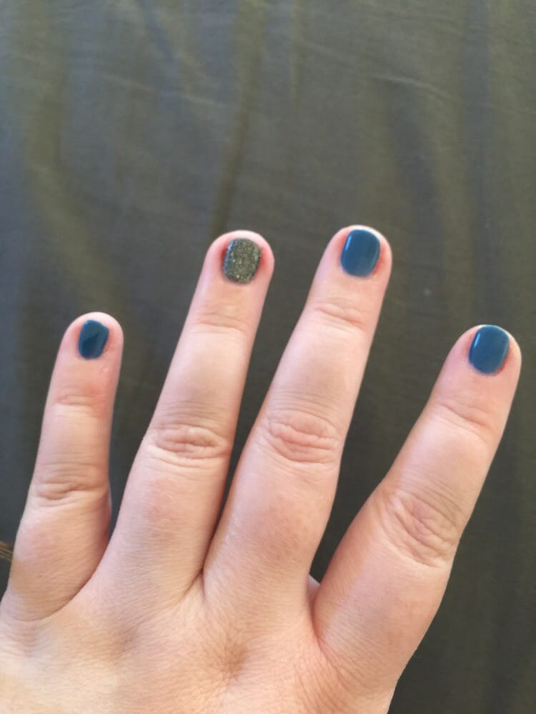 Beautiful oval cut on my nails with gel manicure! Love the colors ...