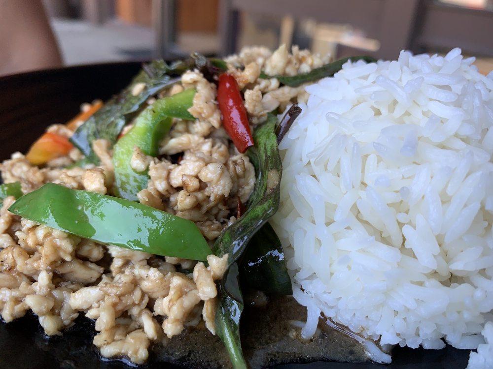 Home Thai Kitchen: 6656 Alhambra Ave, Martinez, CA
