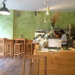 Coffee Deli Queen Of Muffins 25 Photos Cafes Hermannstr 164