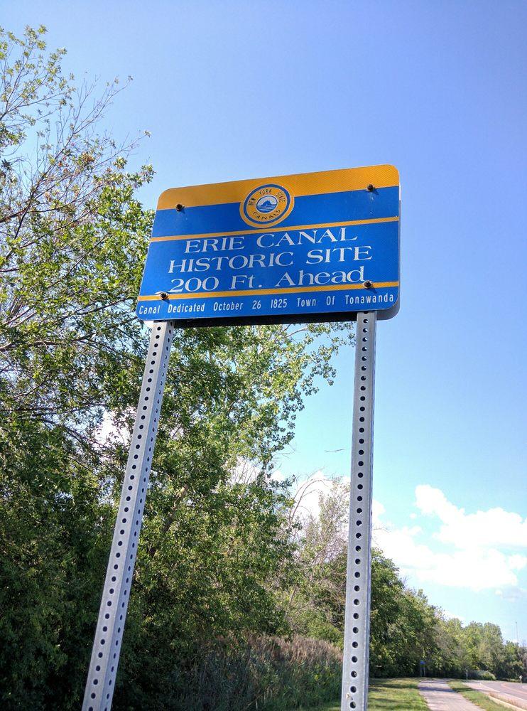 Original Erie Canal: Riverwalk, Tonawanda, NY