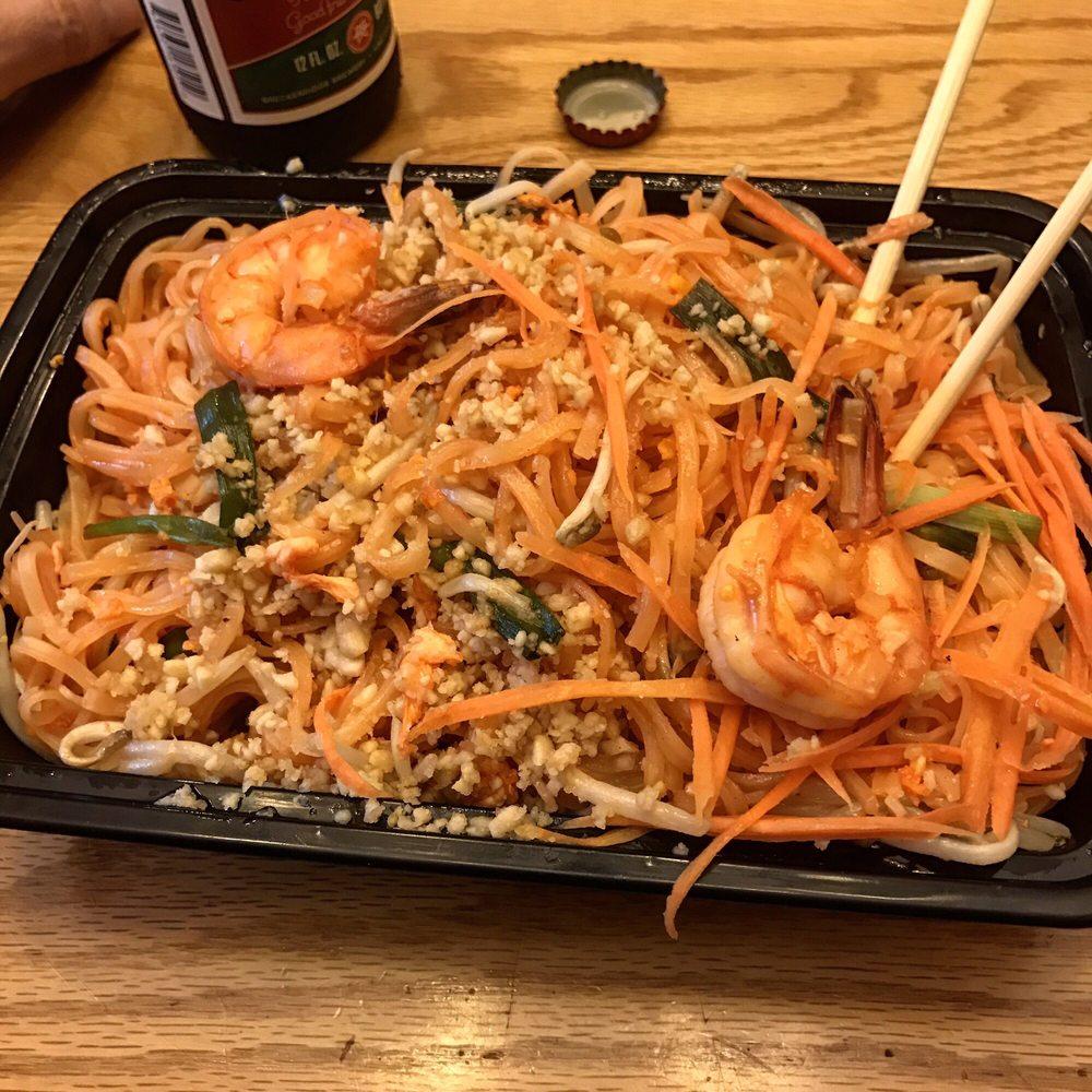 Le Thai Café: 2909 Mt Royal Blvd, Glenshaw, PA