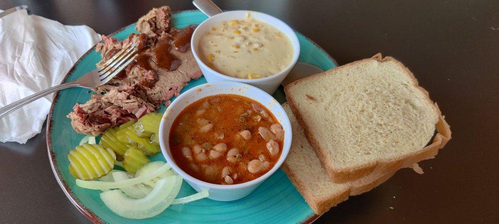 Charcoal Grill: 110 N Crossroads Blvd, San Antonio, TX