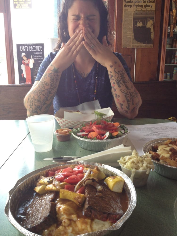 eat meet grill saranac