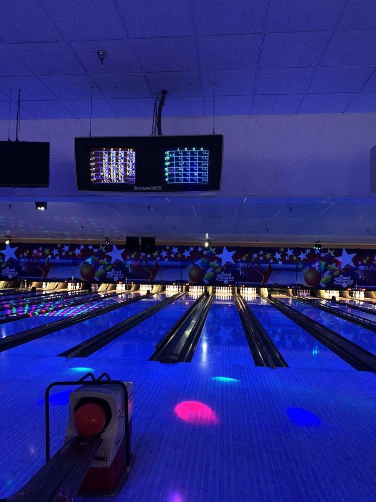 Bowl America Burke: 5615 Guinea Rd, Fairfax, VA