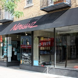 Nogginz hair shop 28 reviews hair salons 524 state for 007 salon madison wi