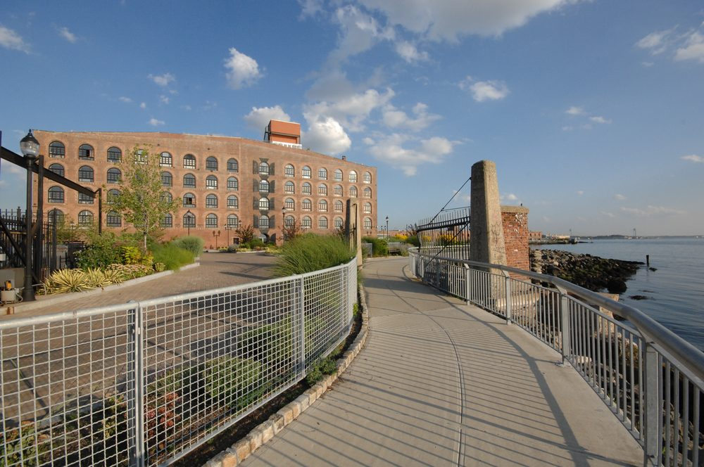 Pier 44 Waterfront Garden: 290 Conover St, Brooklyn, NY