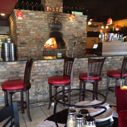 Santo S Wood Fired Pizza Restaurant 57 Photos 91 Reviews