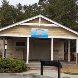 Photo Of Ocean Breezes Cafe Manteo Nc United States