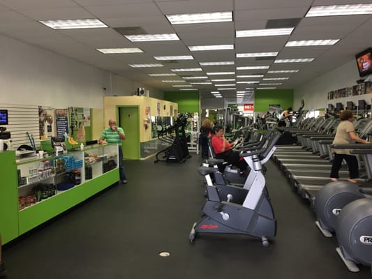 Solid Bodies Gym 2079 W 76th St Hialeah, FL Health Clubs