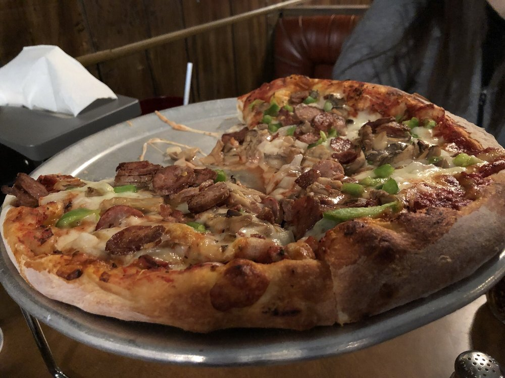 Pizza Sam: 104 E Superior St, Alma, MI