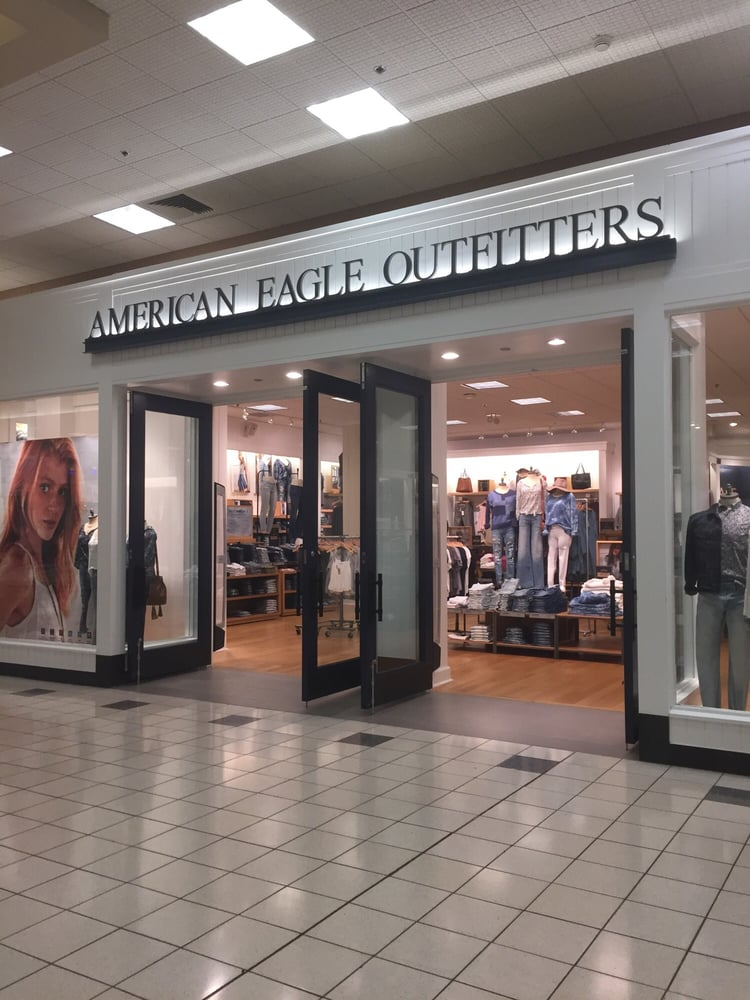 American Eagle Outfitters: 200 Paul Huff Pkwy NW, Cleveland, TN