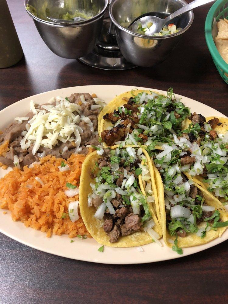 El Jalisciense: 4512 N St, Nacogdoches, TX
