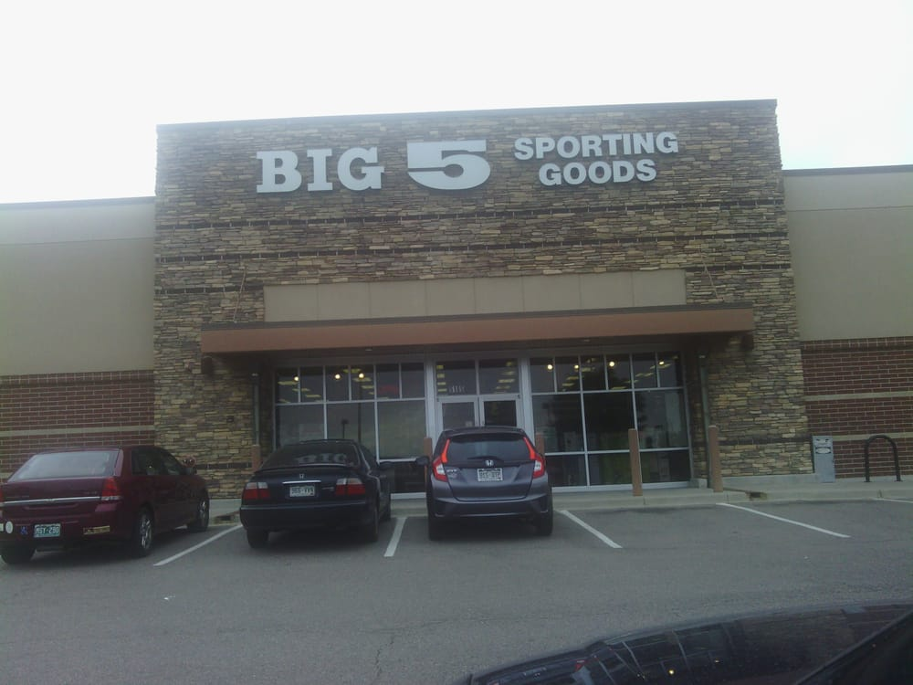 At Big 5 Sporting Goods is where you can find all your sporting goods, including apparel, footwear, fitness, team sports, outdoors, games, golf/racket, and seasonal items. Big 5 carries name brands such as Rebook, Burnside, Spalding, Nike, Under Armour and more.