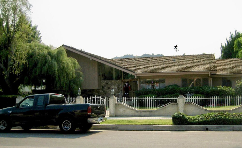 Photo of brady bunch house los angeles ca united states the front