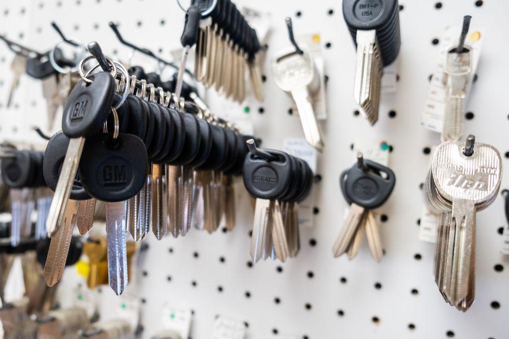 Area Wide Locksmith: 211 S Key Ave, Lampasas, TX