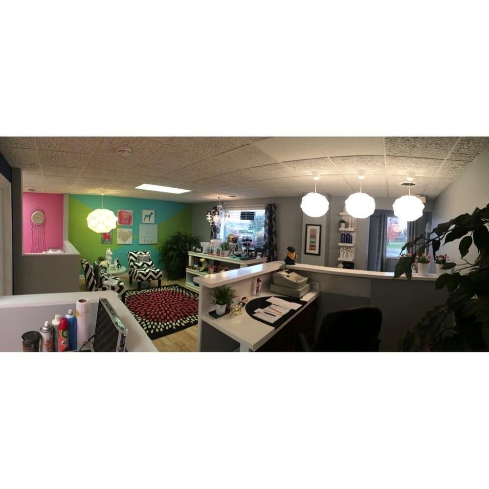 Groomingtale's Pet Salon: 1348 Michigan Ave, Marysville, MI