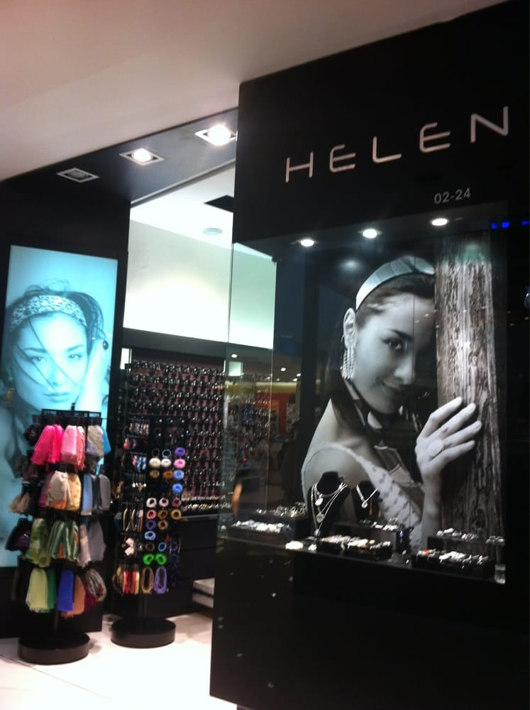 Helen Accesories