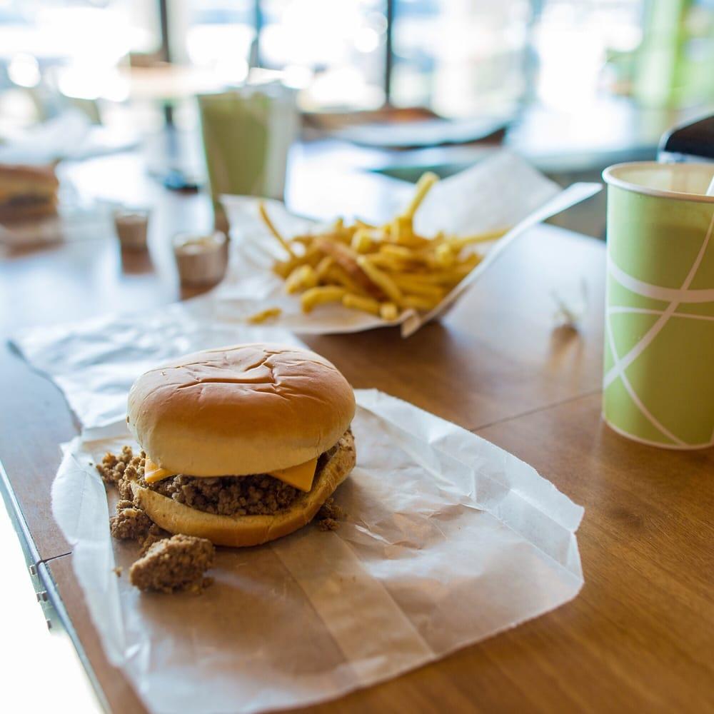 B & G Tasty Foods: 7900 W Dodge Rd, Omaha, NE