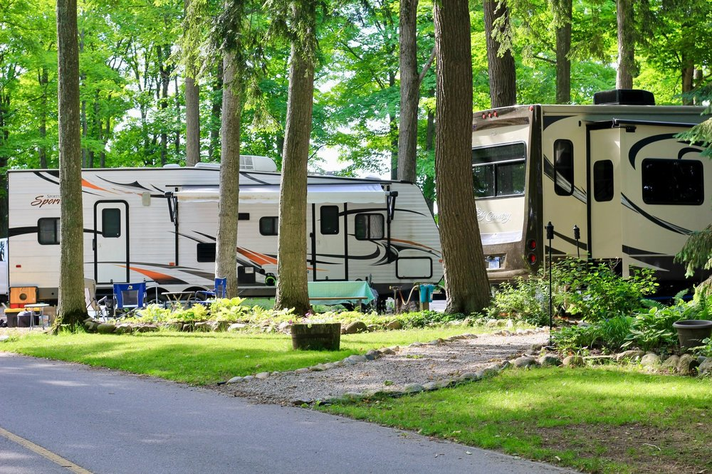 Holiday Park Campground: 4860 US 31 S, Traverse City, MI
