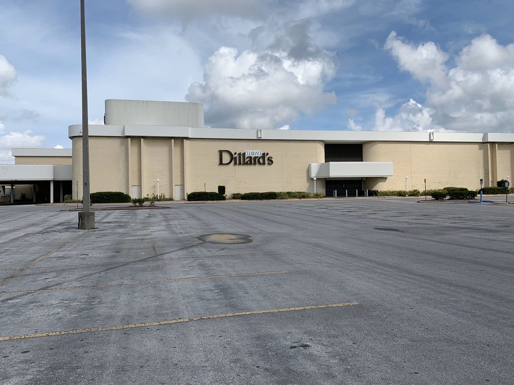 Dillard's Clearance Center: 2201 University Square Mall, Tampa, FL