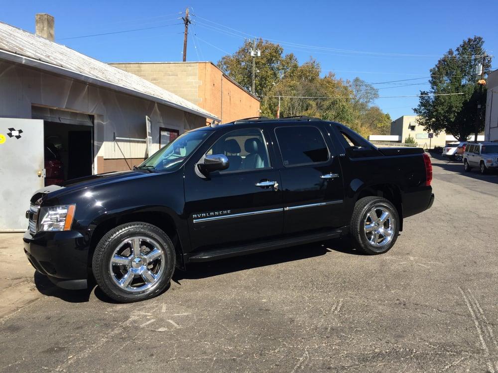 AutoShine: 309 W Loveland Ave, Loveland, OH
