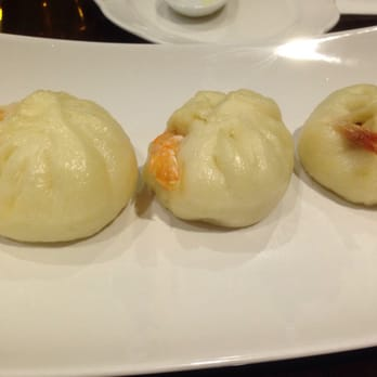 Photo Of Mandoo Cafe   Tenafly, NJ, United States. Shrimp Dumpling Bun