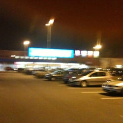 Castorama 11 beitr ge einkaufszentrum centre for Adresse castorama englos