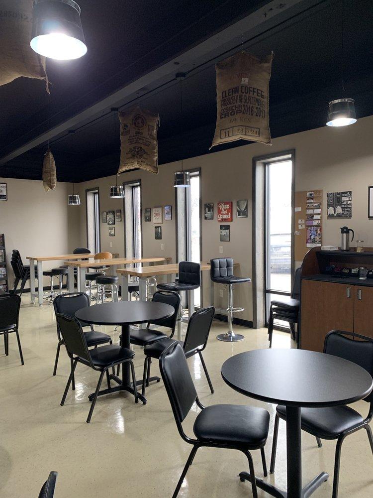 Fat Cup Coffee Company: 37 Fletcher Ave, Waterloo, IA