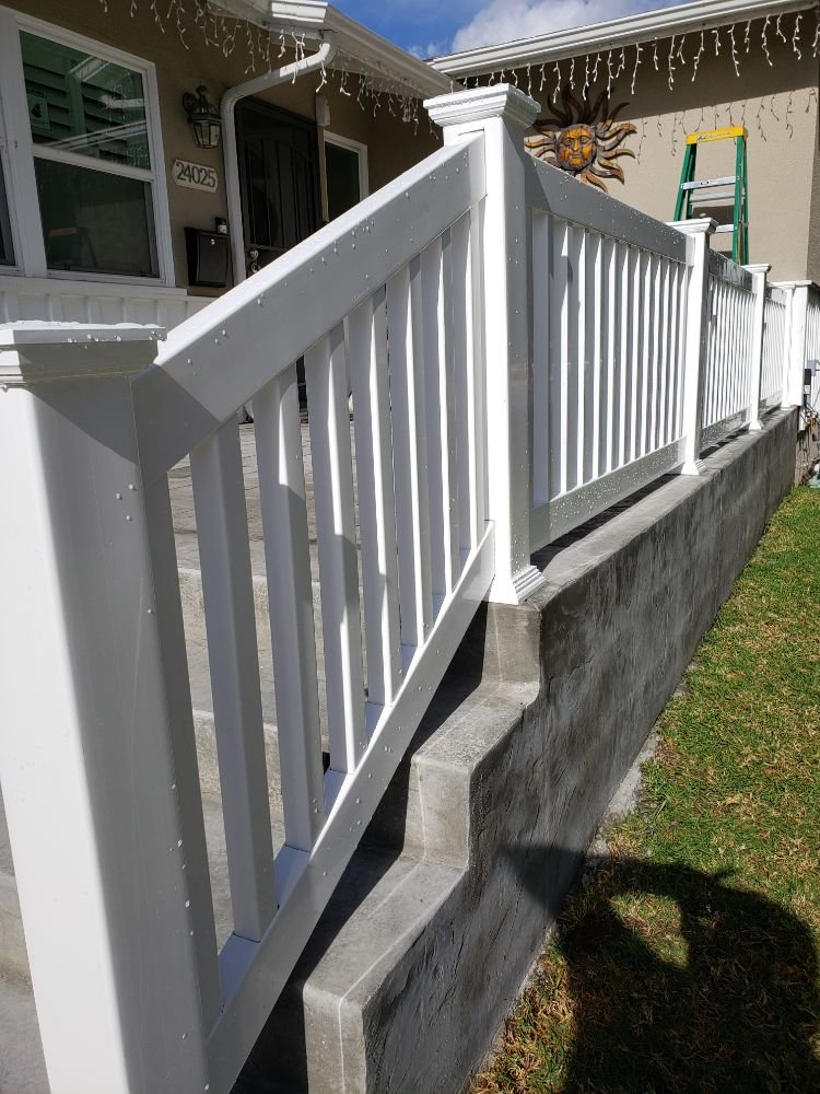 Nicks Vinyl Fence