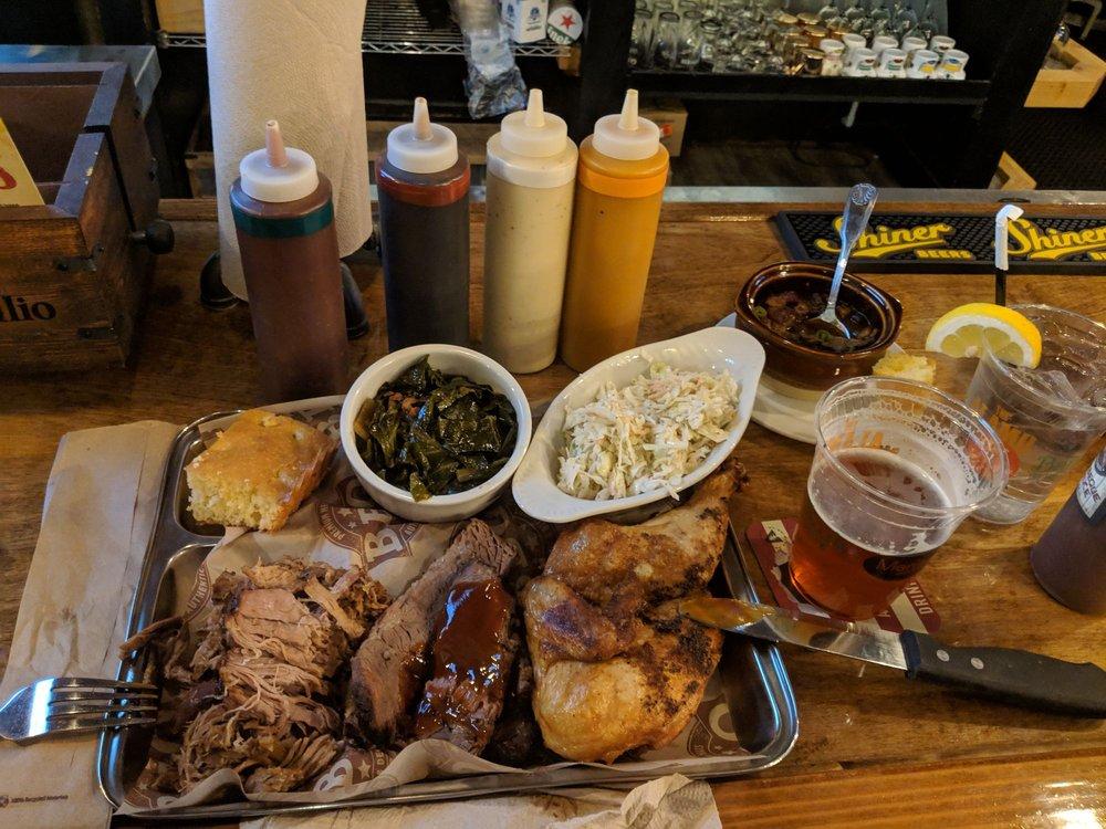Alamo Texas Bar-B-Que: 99 Rte 13, Brookline, NH