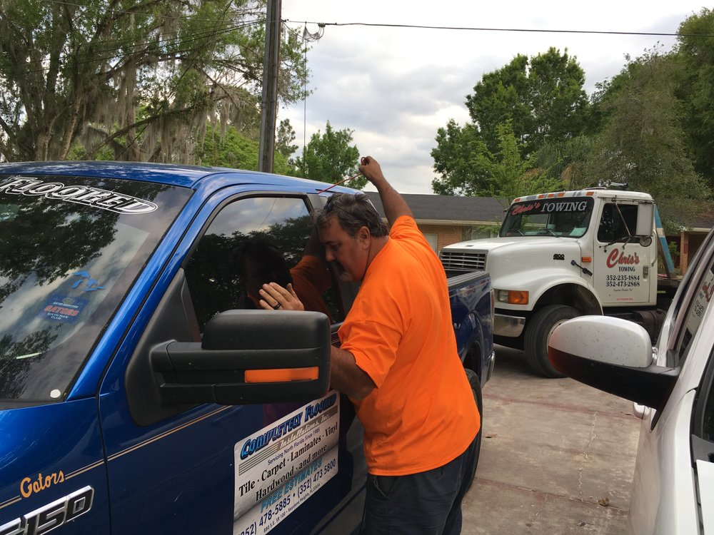 Chris's Towing and Recovery: 7333 Kyle St, Keystone Heights, FL