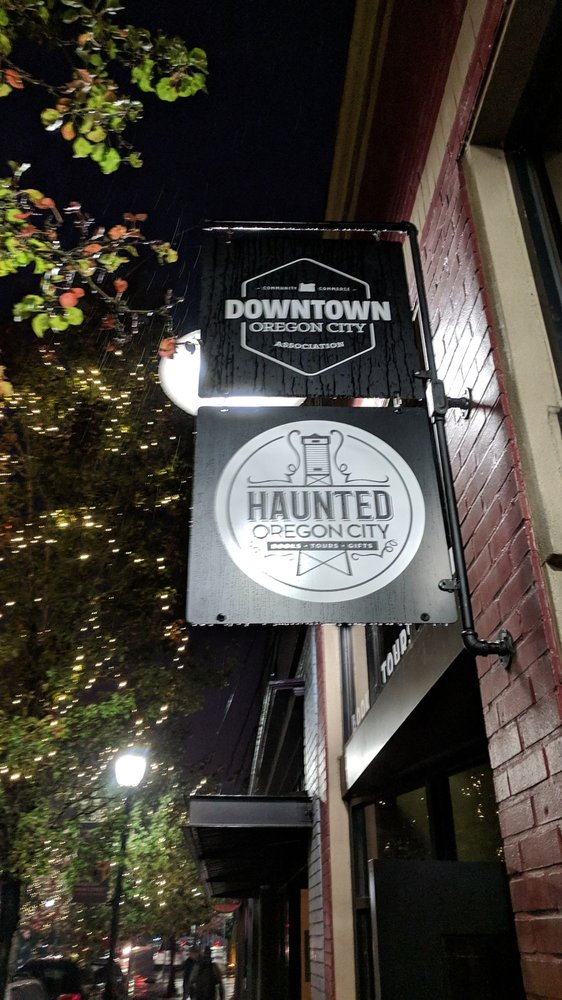 Northwest Ghost Tours: Oregon City, OR