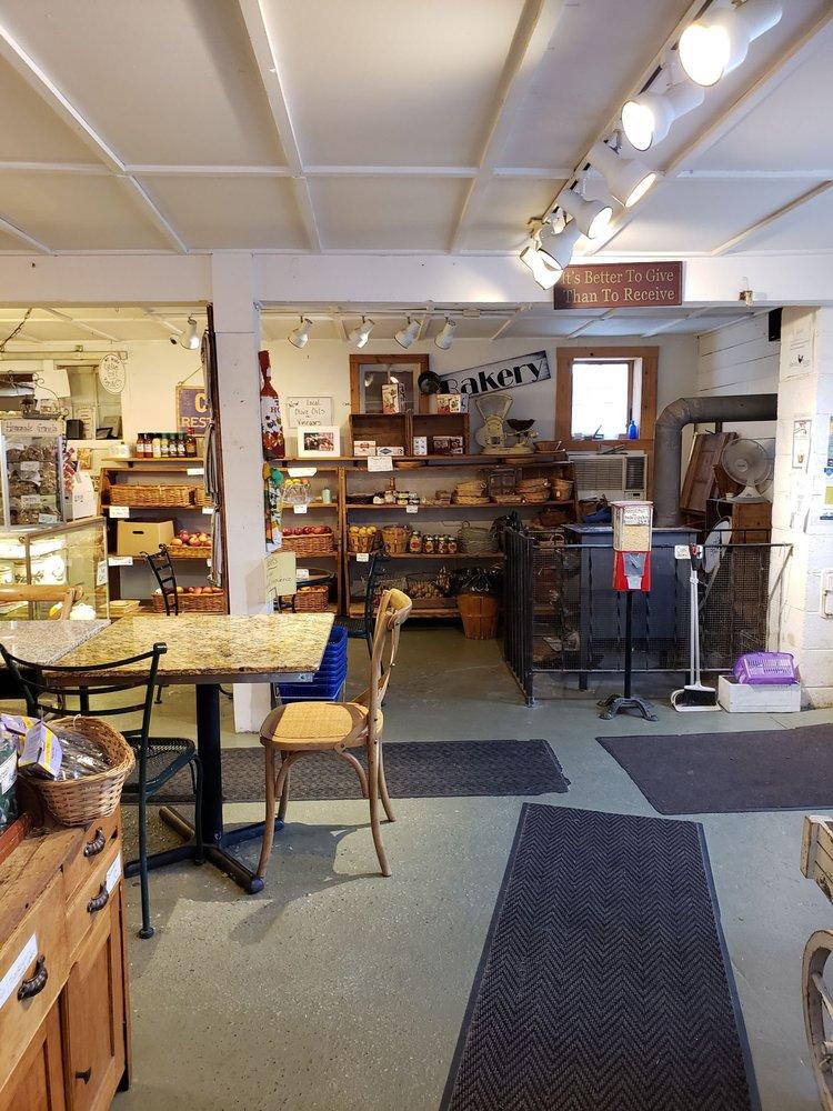 Jones Farm & Country Store: 190 Angola Rd, Cornwall, NY