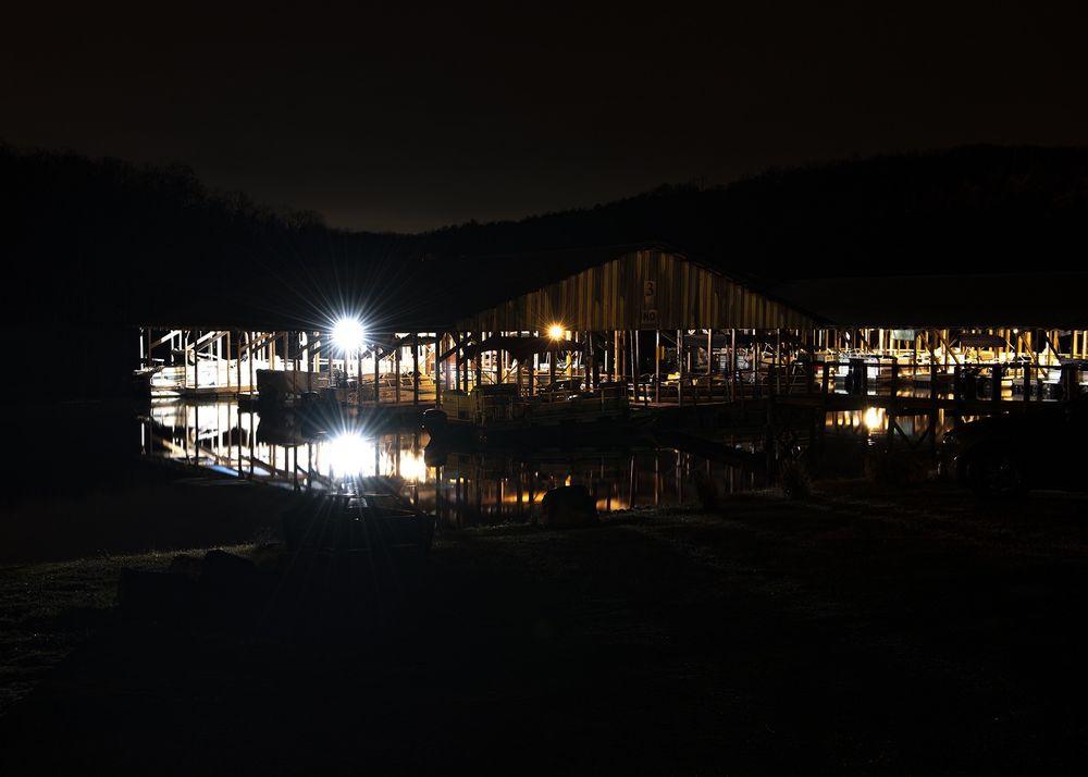 Ozark Beach Resort & Docks: 245 Kallarney Rd, Forsyth, MO
