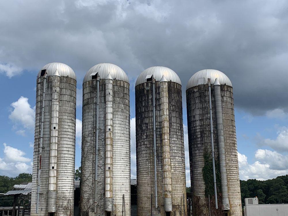 Miller Farms Market: 12101 Orange Plank Road, Locust Grove, VA