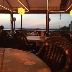 Photo Of Spinnakers Oconomowoc Wi United States Patio