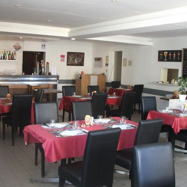 L'Auberge de la Vanne Restaurant: 1 rue Léandre Denis, Fontvannes, 10