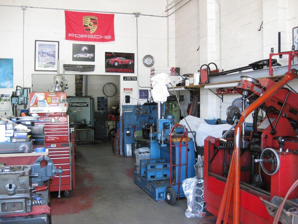 Star Machine: 5835 Doyle St, Emeryville, CA
