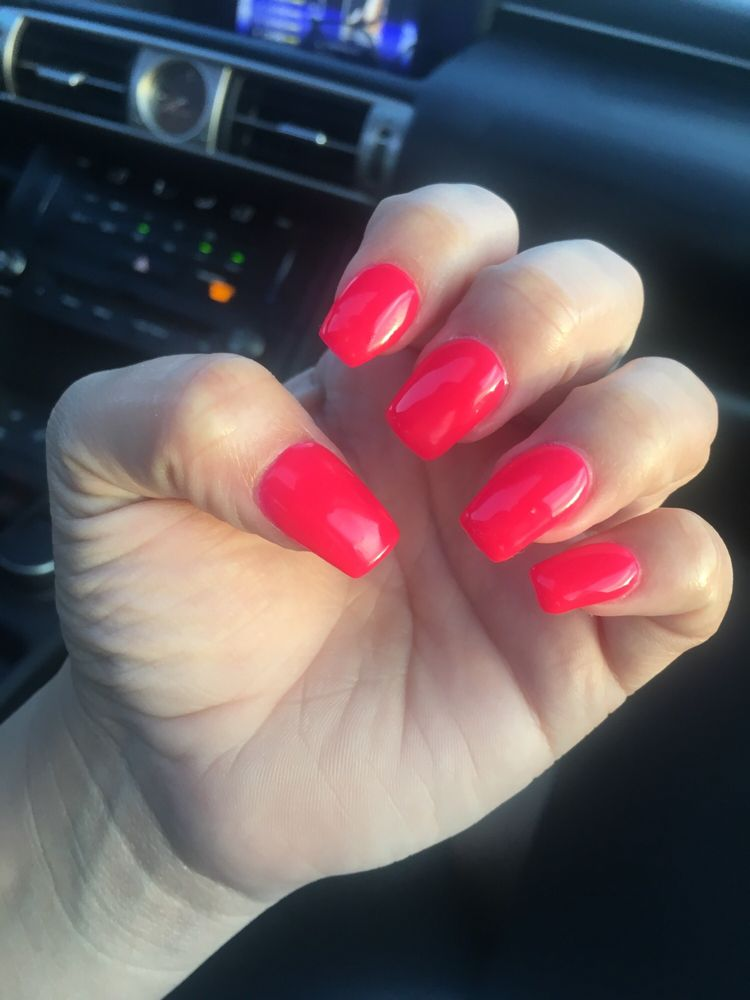 Bella Chic Nail Salon & Spa: 110 N Rock Rd, Wichita, KS
