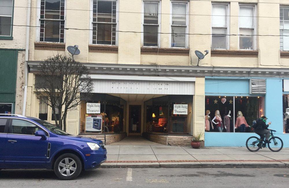 Hyde'Away Treasures: 705 Washington St, Huntingdon, PA