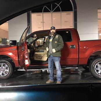 john l sullivan dodge chrysler jeep ram 15 photos 82 reviews car dealers 950 harter pkwy. Black Bedroom Furniture Sets. Home Design Ideas