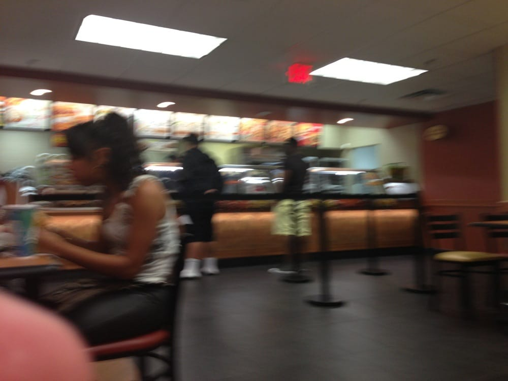 Subway: 155 S Miami Ave, Miami, FL