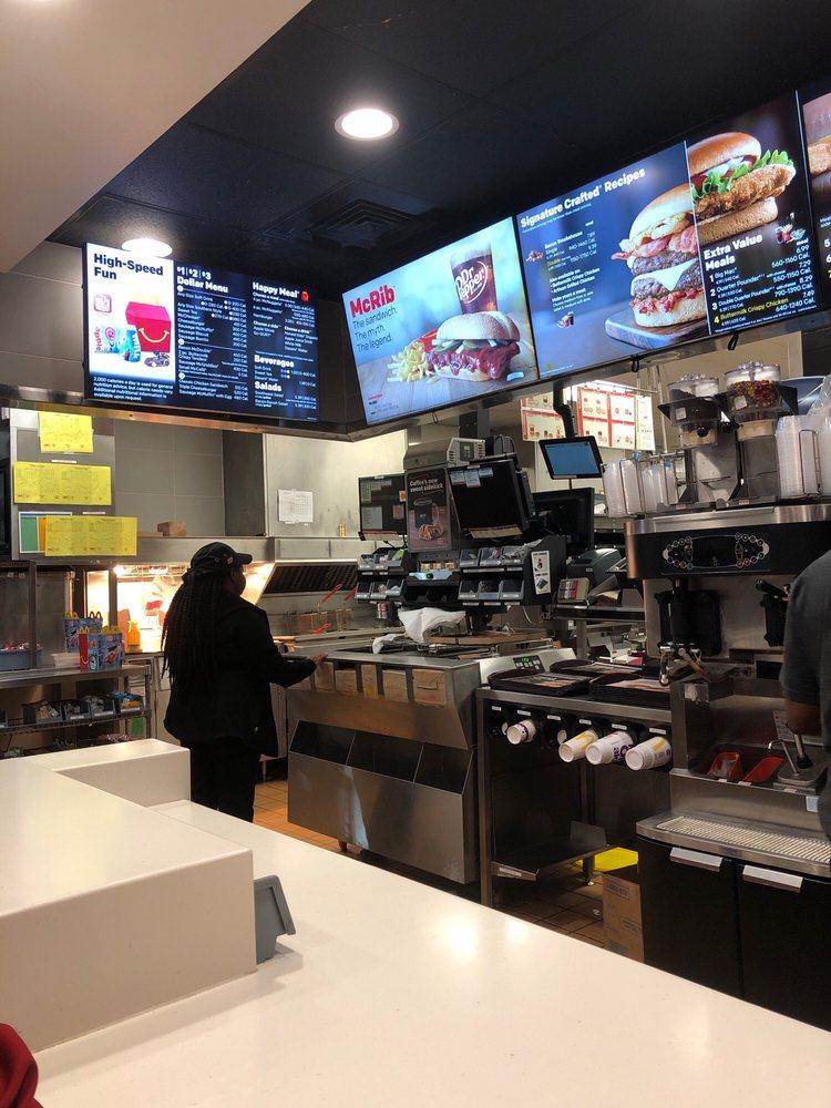 McDonald's: 3330 Front St, Winnsboro, LA