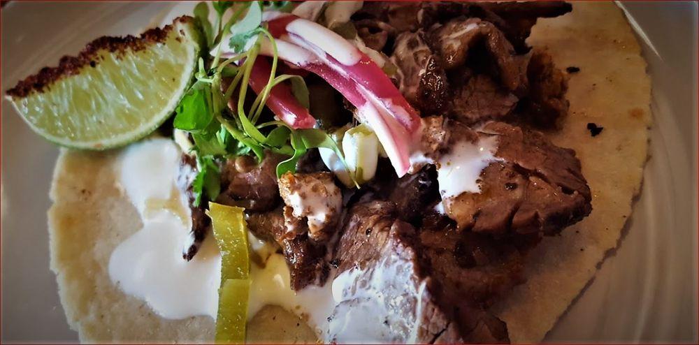 Charlie's Burgers & Street Tacos: 213 E Rusk St, Rockwall, TX