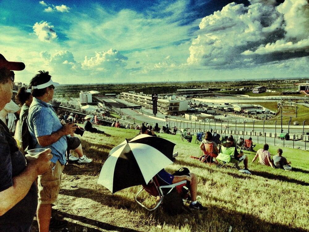 Curl's RV Rental: 135 Arabian Stallion Run, Dale, TX