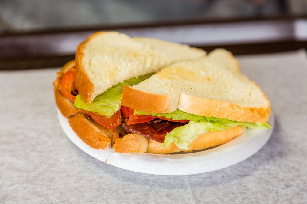 Druther's Restaurant: 101 N Columbia Ave, Campbellsville, KY