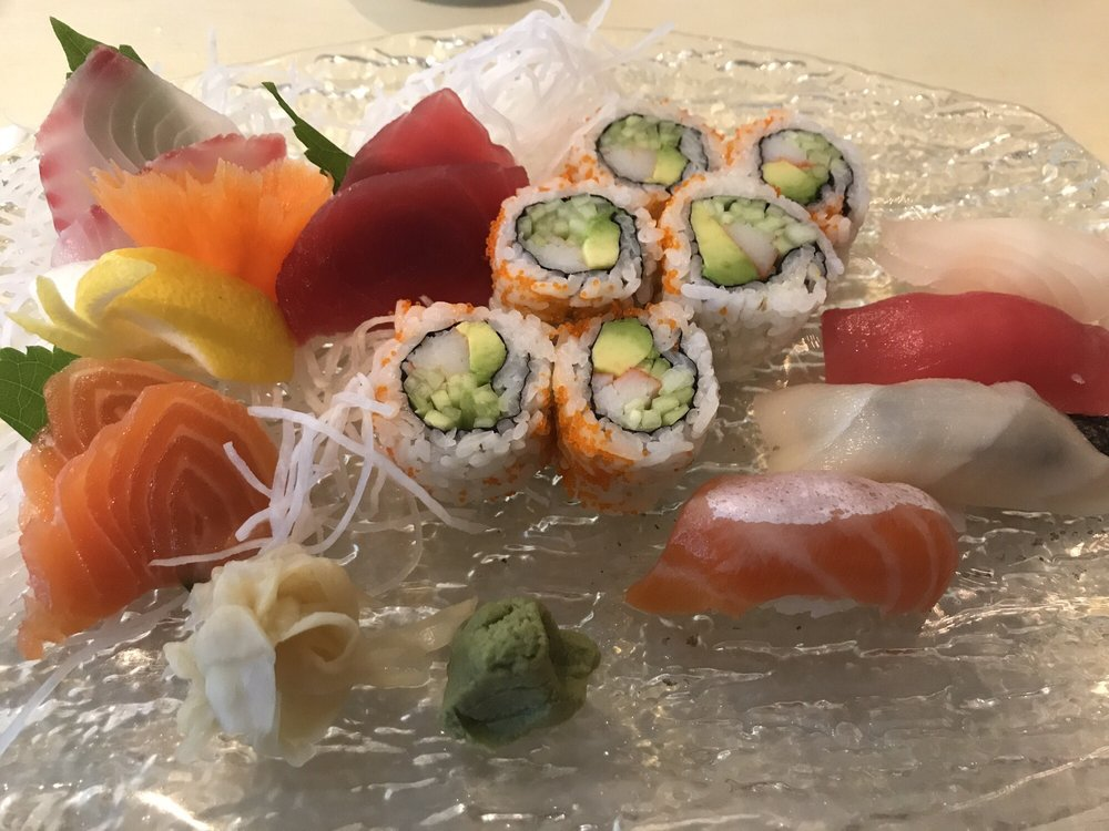 Food from Itzmi Japanese Restaurant