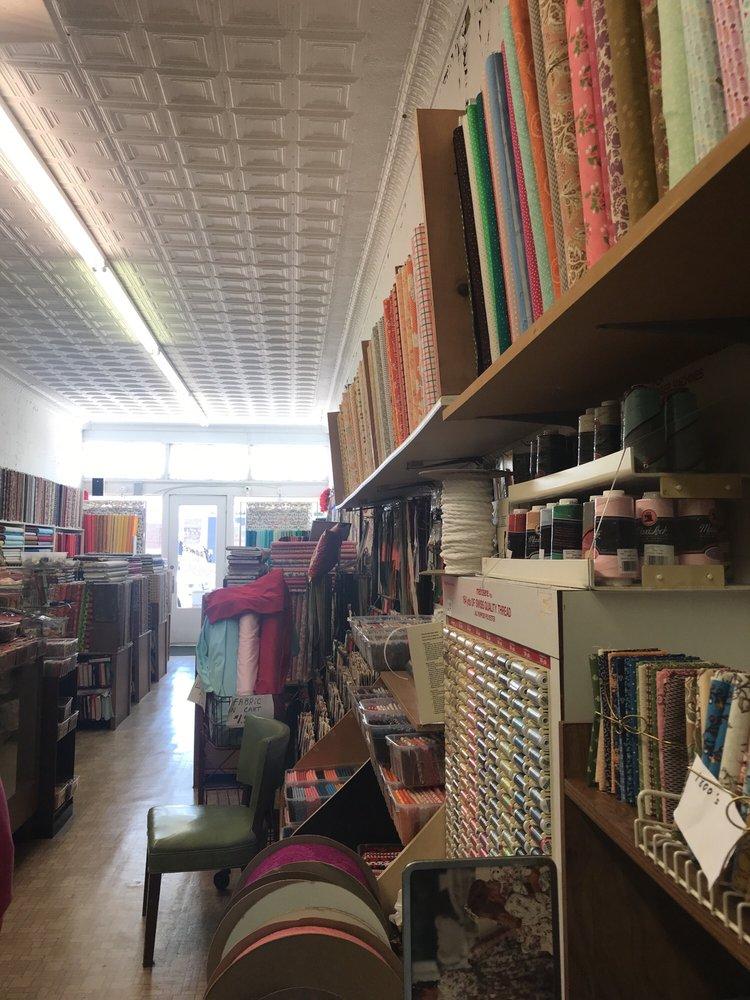 Frances'fabrics: 506 Oak St, Graham, TX