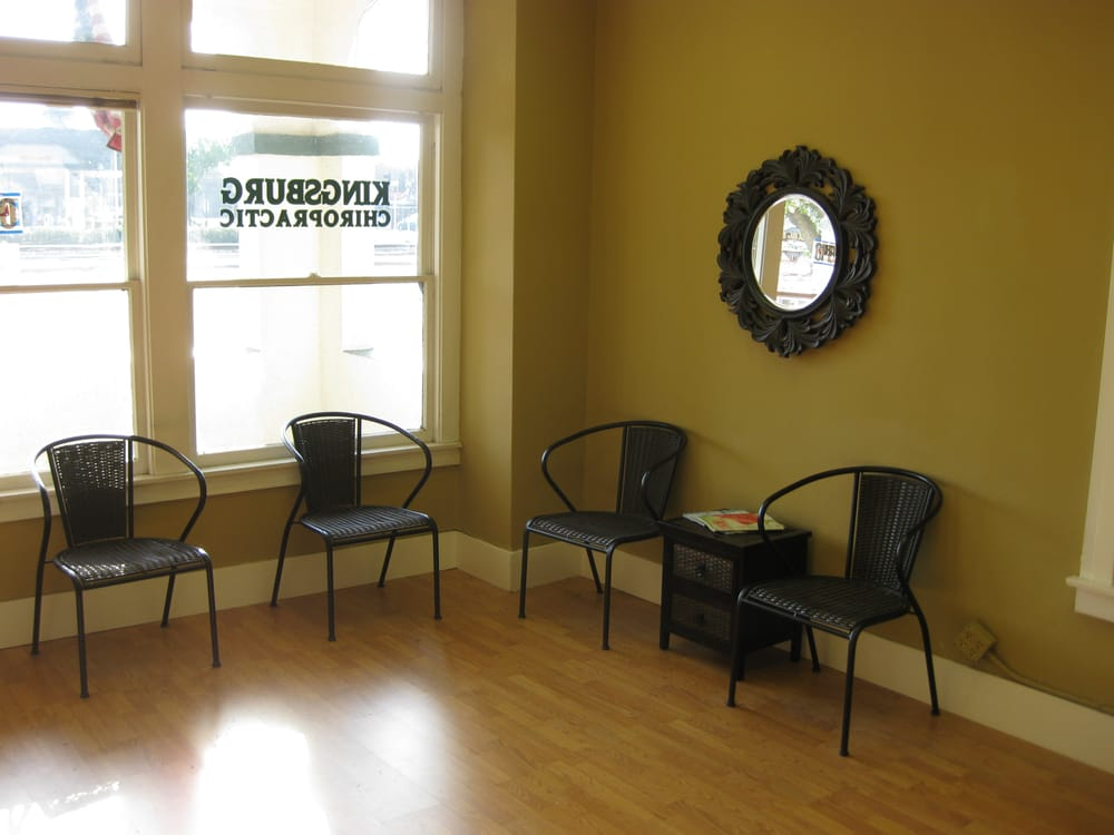 Kingsburg Chiropractic Center: 1454 California St, Kingsburg, CA
